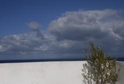 Tanger, Dar Tangerois, renové avec gout, vue sur port, mer et médina.