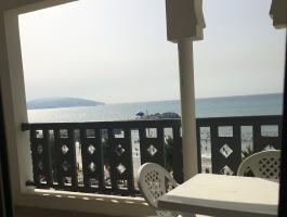Appartement meublé,dans résidence recherchée,de qualité, piscine, face à la plage.