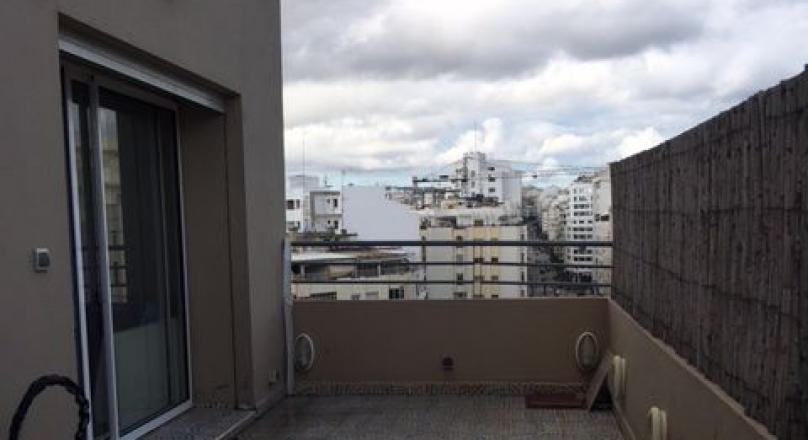 Tanger, centre ville, appartement récent, belles prestations, terrasse, idéal  pied à terre.