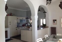 Marshan, Magnifique Riad, en partie rénové avec gout..quartier calme et recherché