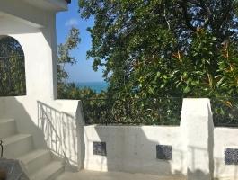 Tanger, Marshan, proche de la kasbah, quartier calme, charmante petite maison titrée,  idéal pied à terre.